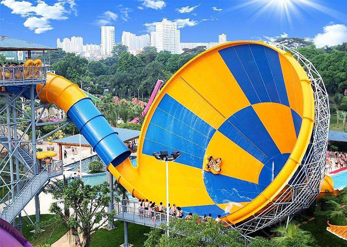 Adult Giant Tornado Water Slide , Outdoor Spiral Amusement Park Water Slide