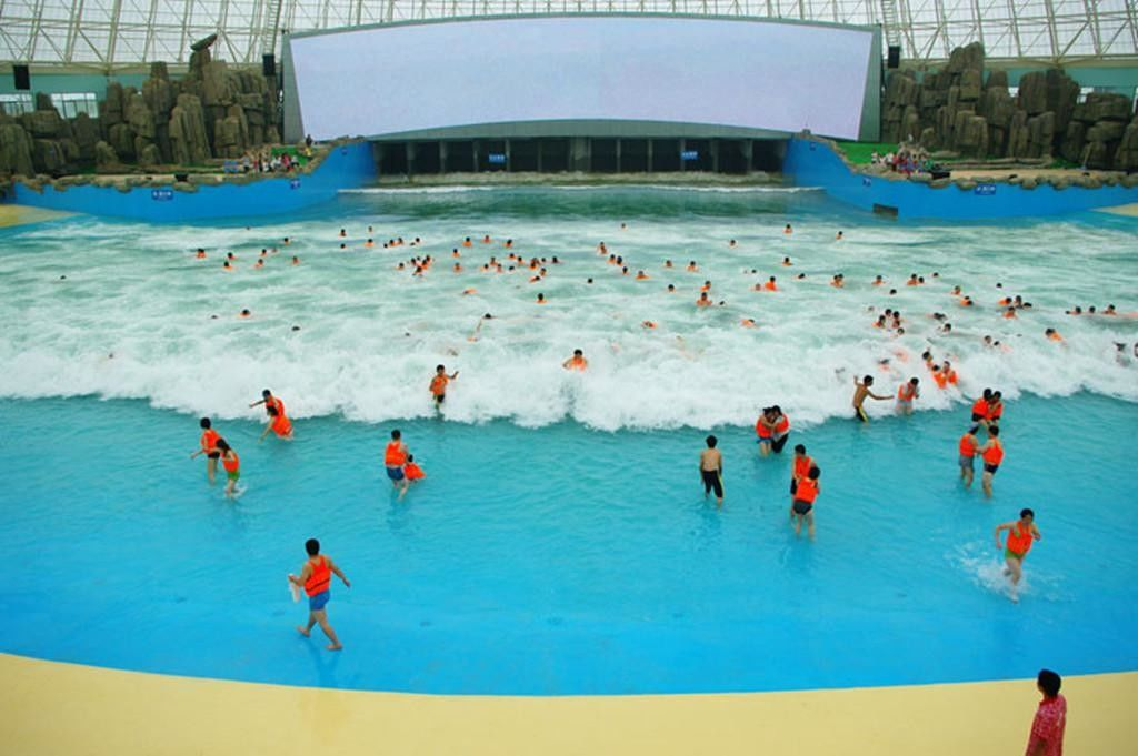 Artificial Wave Pool Surf Wave Machine For Children Powered By Vacuum Pump