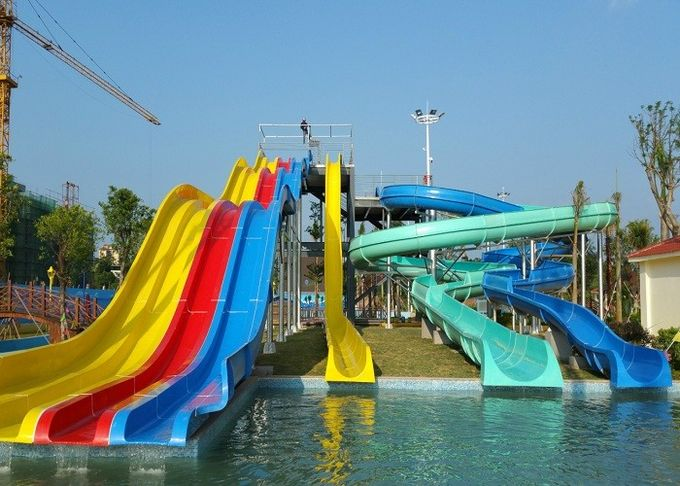Adult Or Children Combined Spiral Water Slide / Water Park Equipment