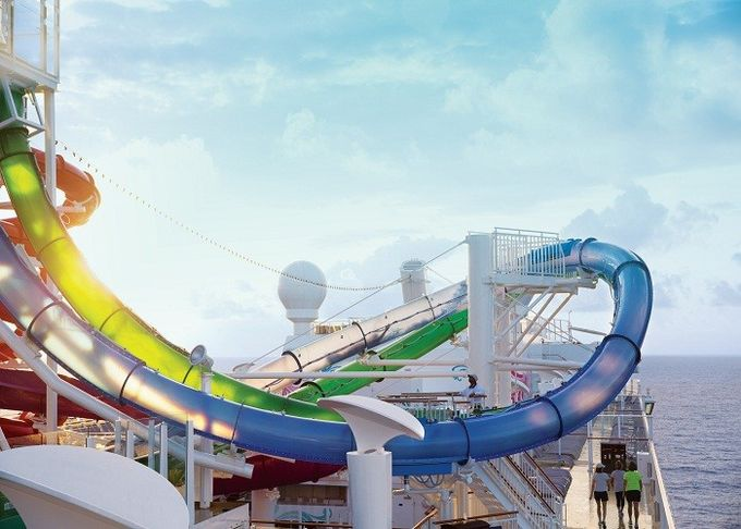Amusement Park High Speed Tall Water Slides For Kids Over 6 Years Old